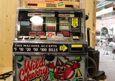 1997 IGT Slot Machine